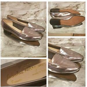 WoW ! $475 FERRAGAMO Metallic Penny Loafers
